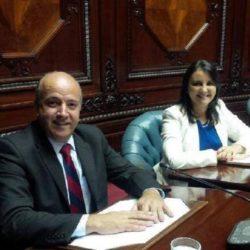 Senadores Germán Coutinho y Cecilia Eguiluz